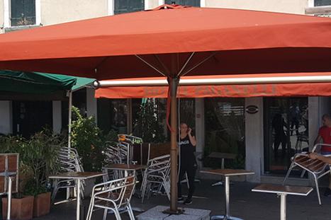 Parasol Terrasse De Bar